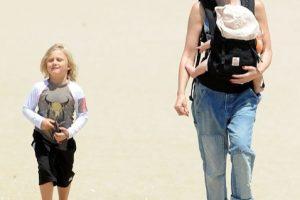 Gwen Stefani & Her Boys At The Beach
